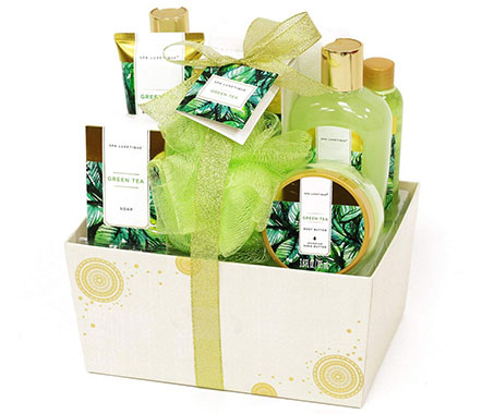 Spa Luxetique Spa Gift Basket with Renewing Green Tea Essential Oils